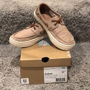Tom's Culver Toffee Slub Chambray slip on shoes